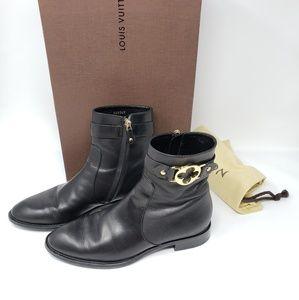 100% Auth Louis Vuitton Black Boots Size 36.5